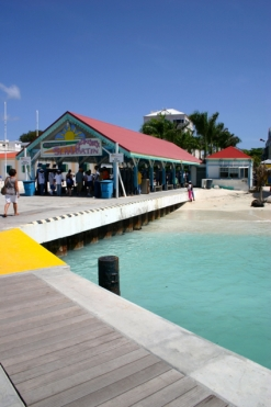 The pier on the Dutch side of the Island