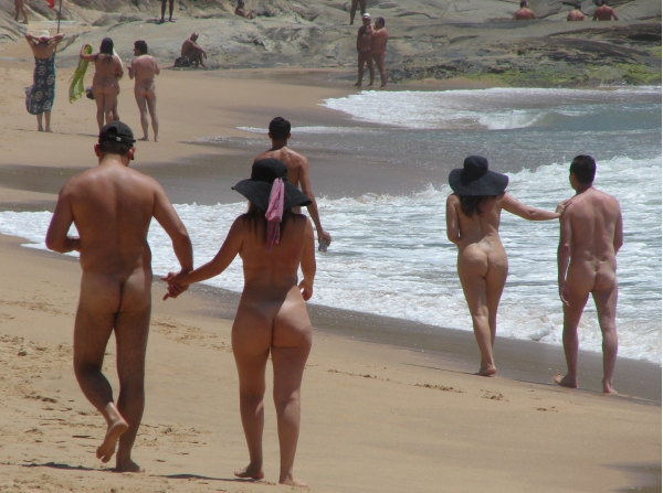 Brazilian nudebeach — photo 12