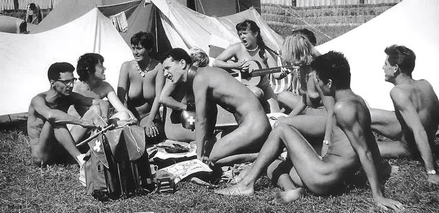 Vista nudist camp