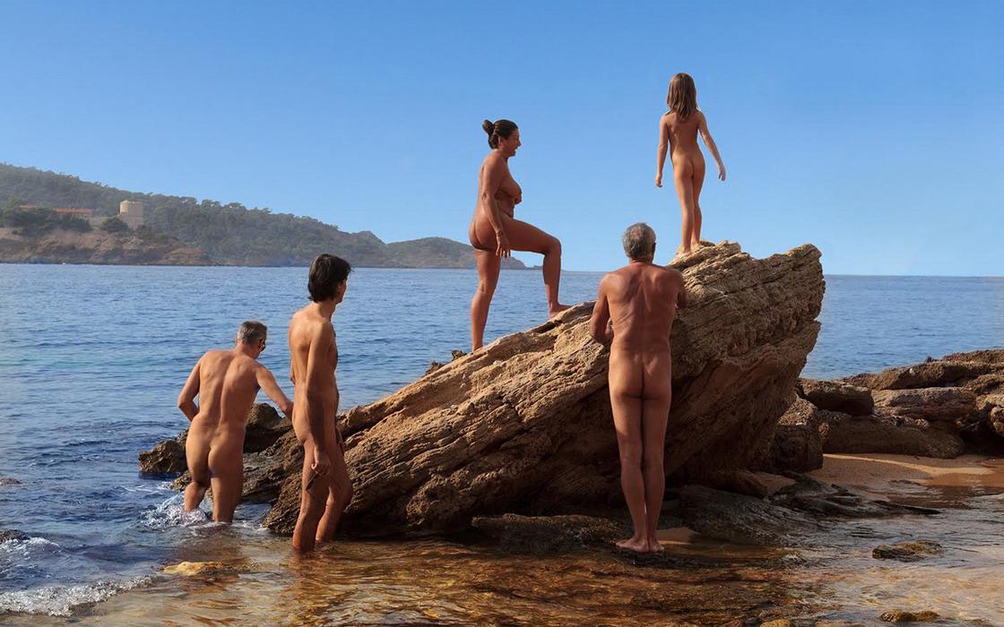 famille-plage-des-grottes