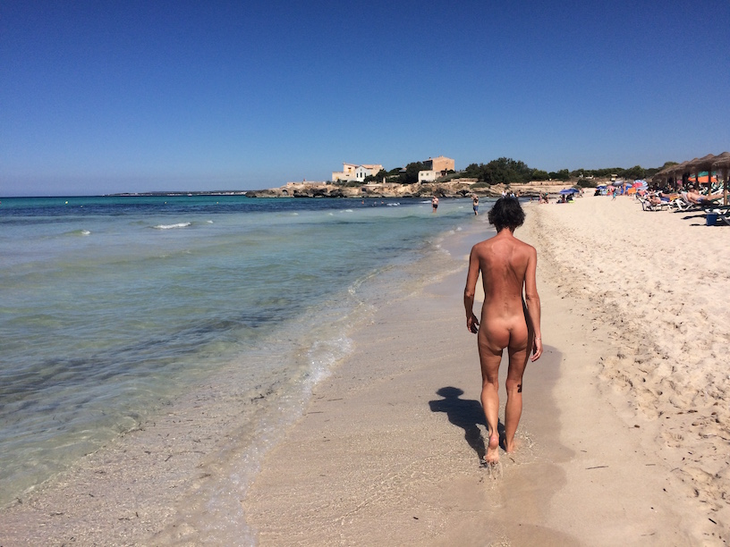 Consider, what Naturiste nude naked beach