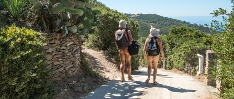 Naturistes_chemin
