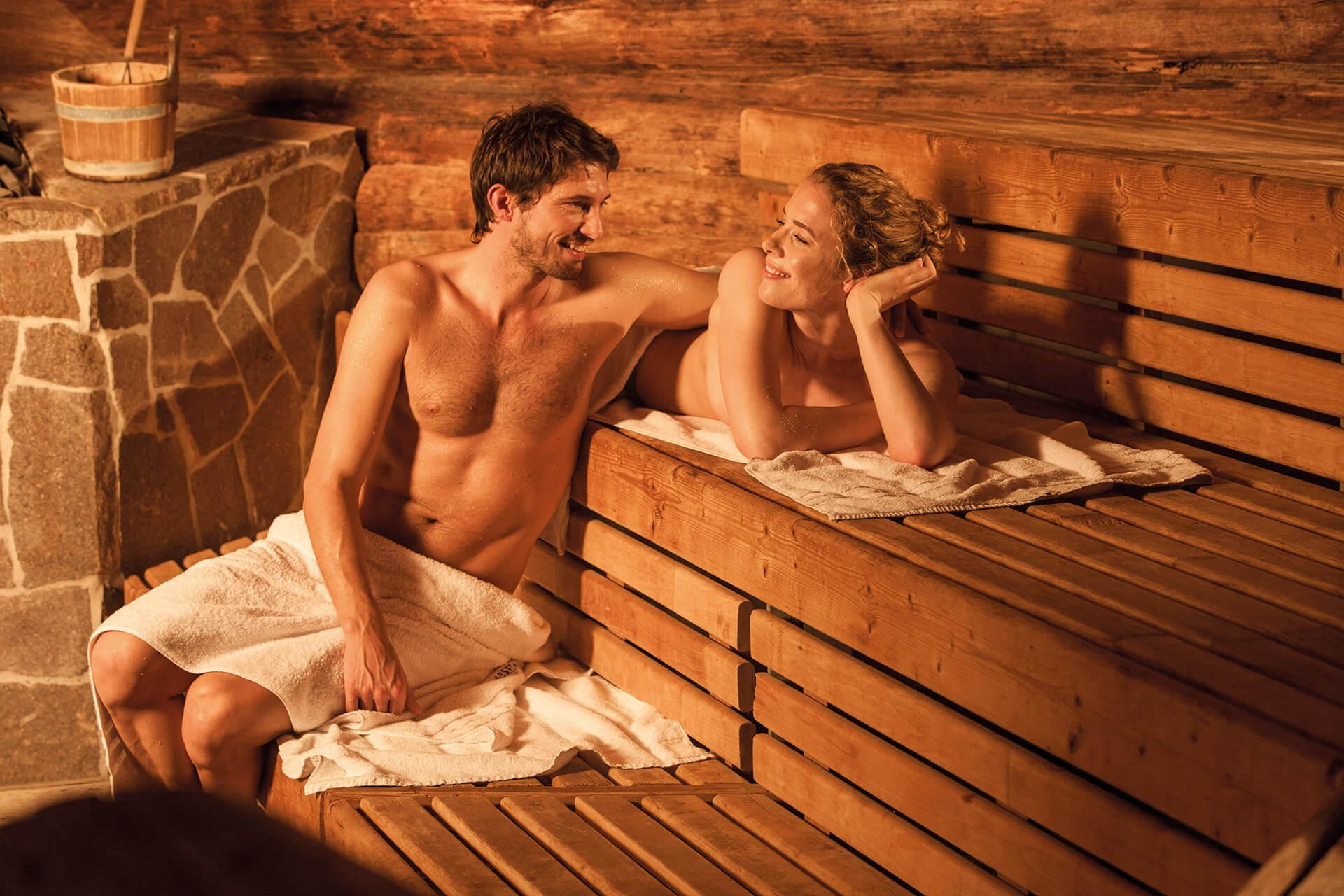 Смотреть онлайн с мамой в бане, В бане с мамой - 62 видео. Смотреть в бане с мамой 19 фотография